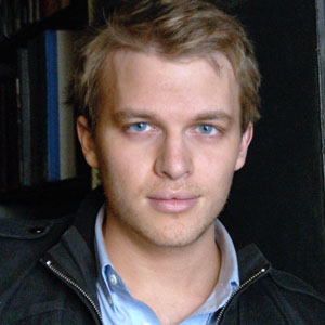 Ronan Farrow Net Worth