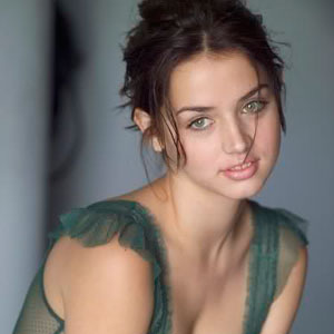 Ana de Armas Haircut