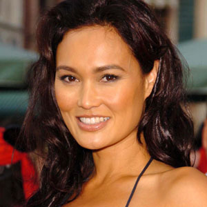 Tia Carrere Haircut