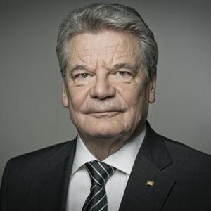 Joachim Gauck Net Worth