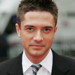 Topher Grace Haircut