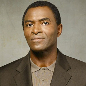 Carl Lumbly Haircut