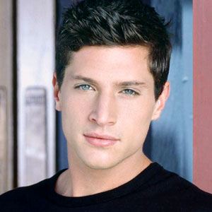 Simon Rex Net Worth