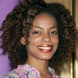 Aunjanue Ellis Net Worth