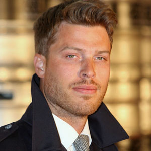 Rick Edwards Haircut